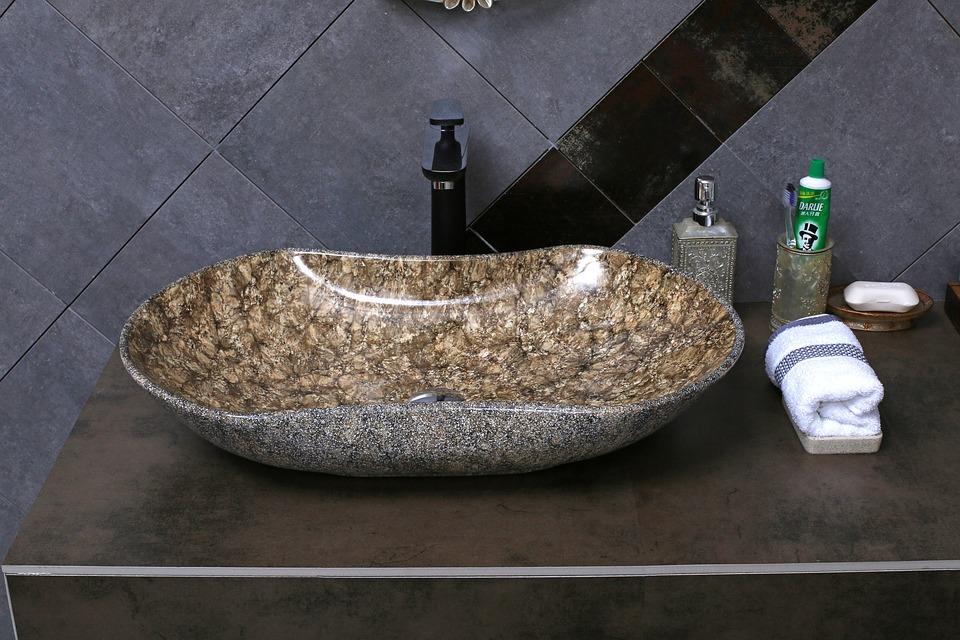 Jsou kamenná umyvadla z mramoru vhodná do kuchyně?