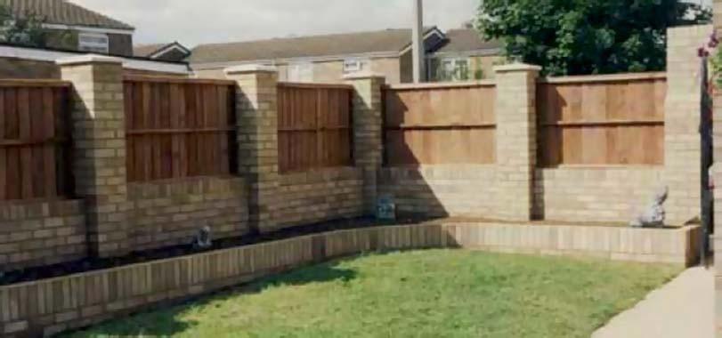Moderní pojetí dřevěného plotu