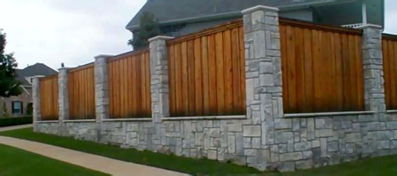 Kombinace kamení a dřeva
