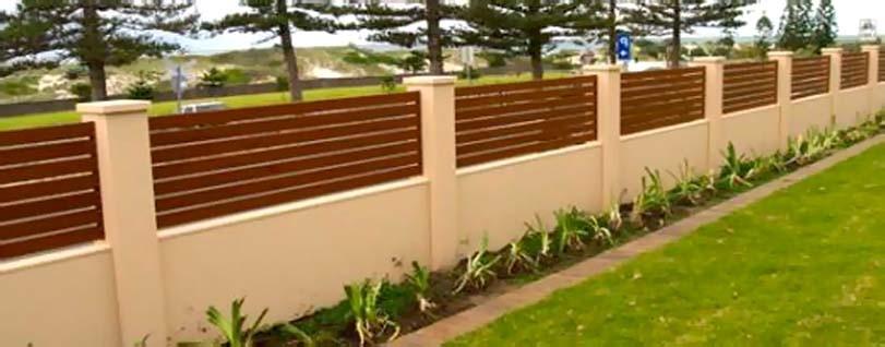 Dekorativní dřevěný plot