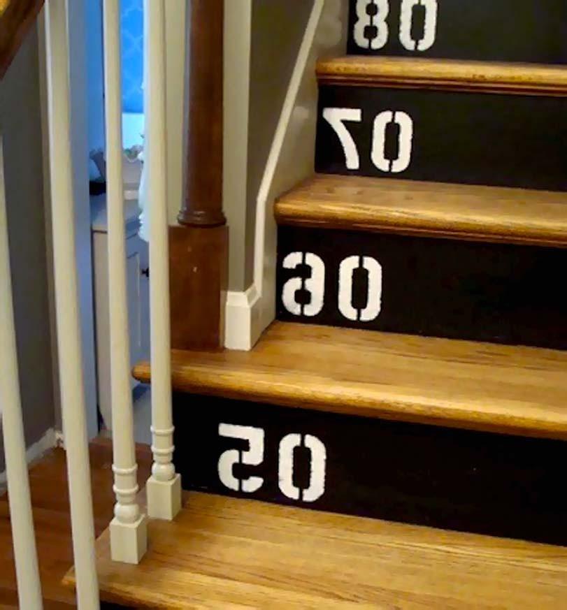 Klasické dřevěné schody s číslováním