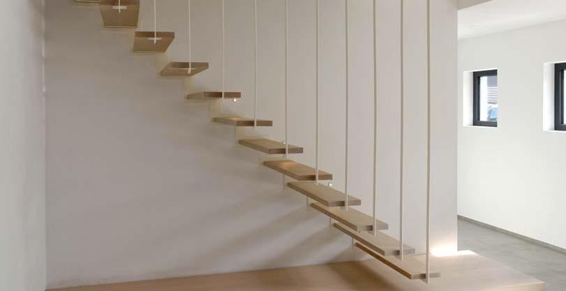 Moderní vysuté schodiště