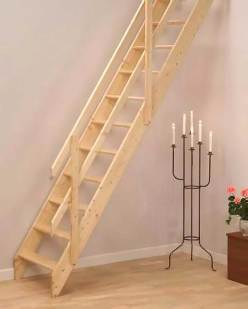 Dřevěné schodiště, malé