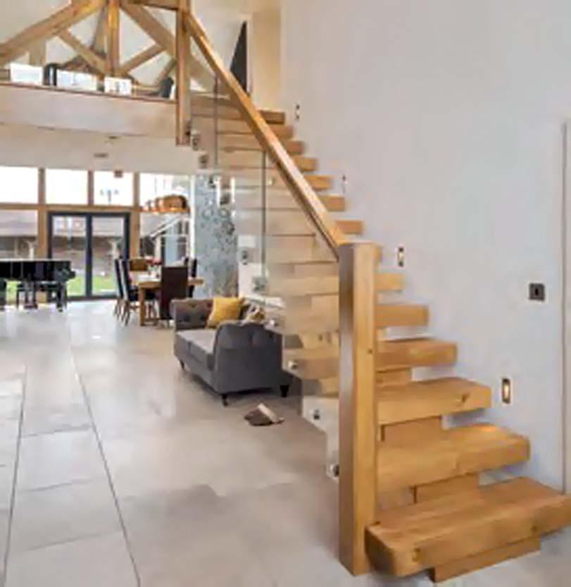Dřevěné schody, levně